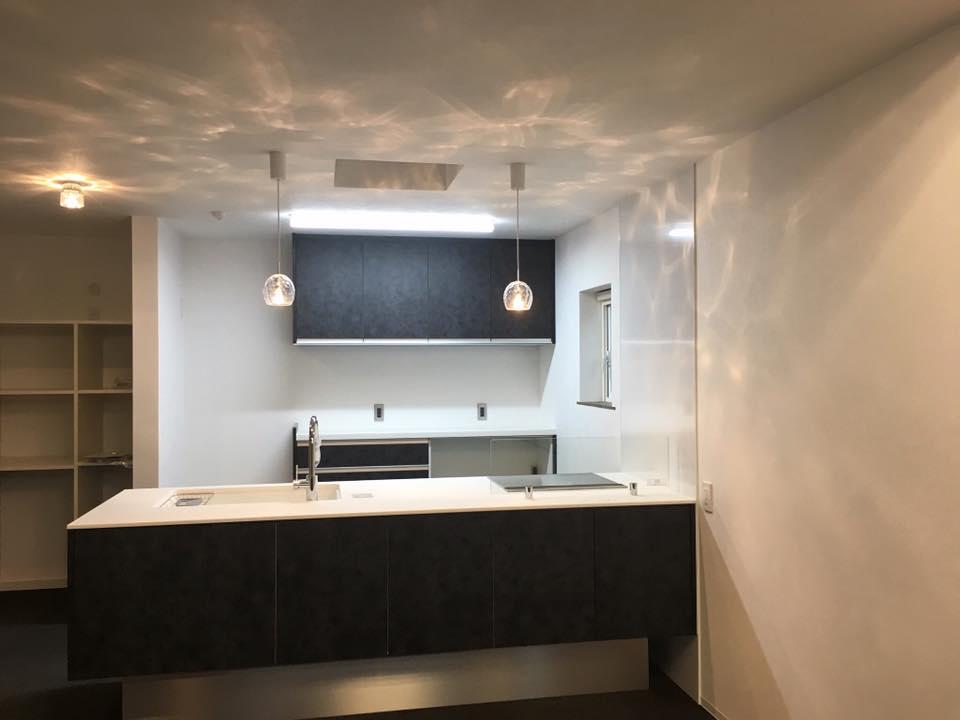 美濃加茂で明るいキッチン