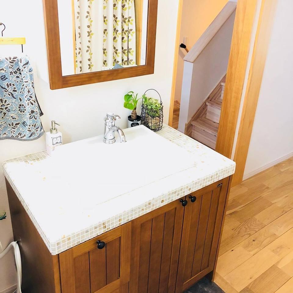 美濃加茂の匠建でナチュラルな洗面台