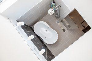 美濃加茂の匠建、天井のないお風呂